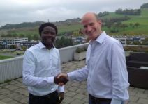 Philip Munyasia (OTEPIC) with Uri Gutermann on the roof terrace of GUTERMANN's head office in Baar.